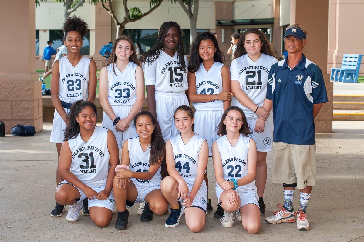 Girls' intermediate basketball team photo