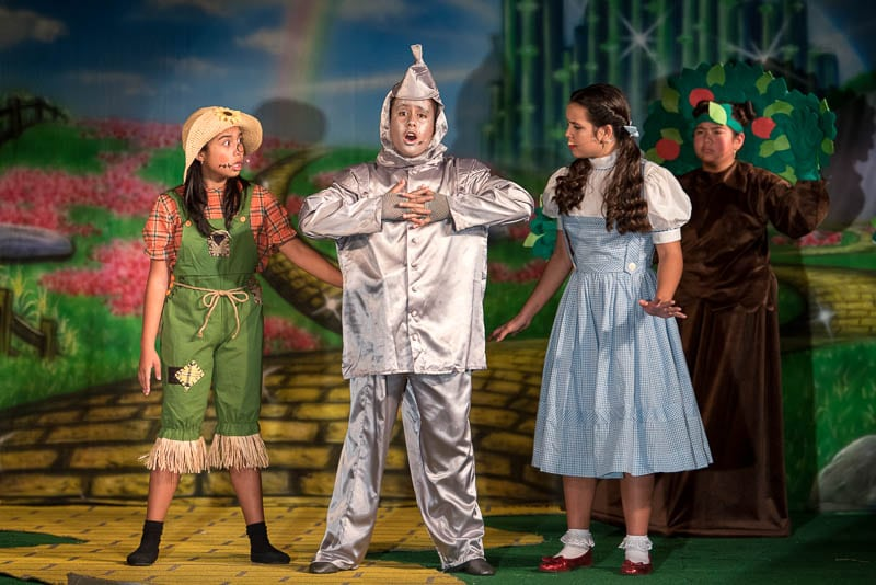 Middle school theatre students in the Wizard of Oz