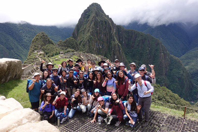 Sabine Yamamura with IPA students on trip to Peru.