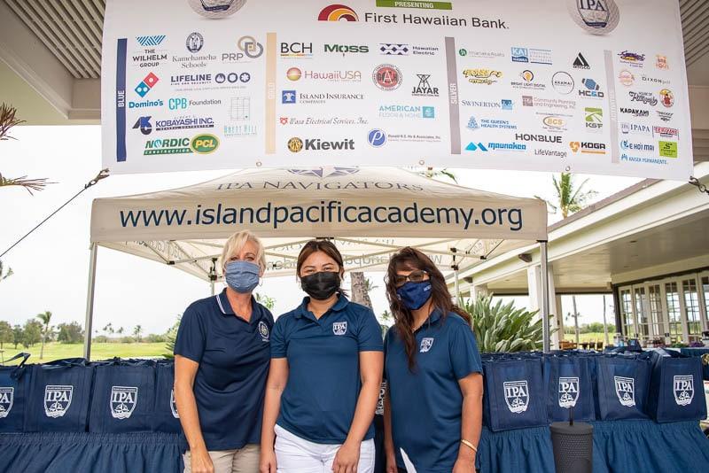 Volunteers at golf tournament